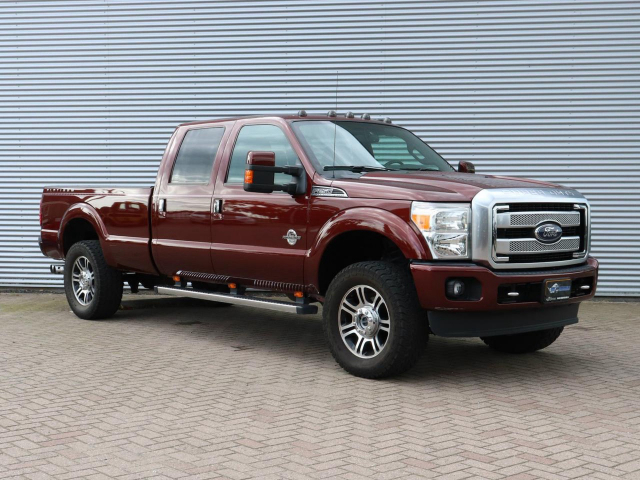 Ford USA F-250 PLATINUM 6.7L V8 2015 F250